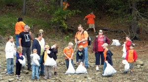 Great Lake Allatoona Cleanup Volunteers